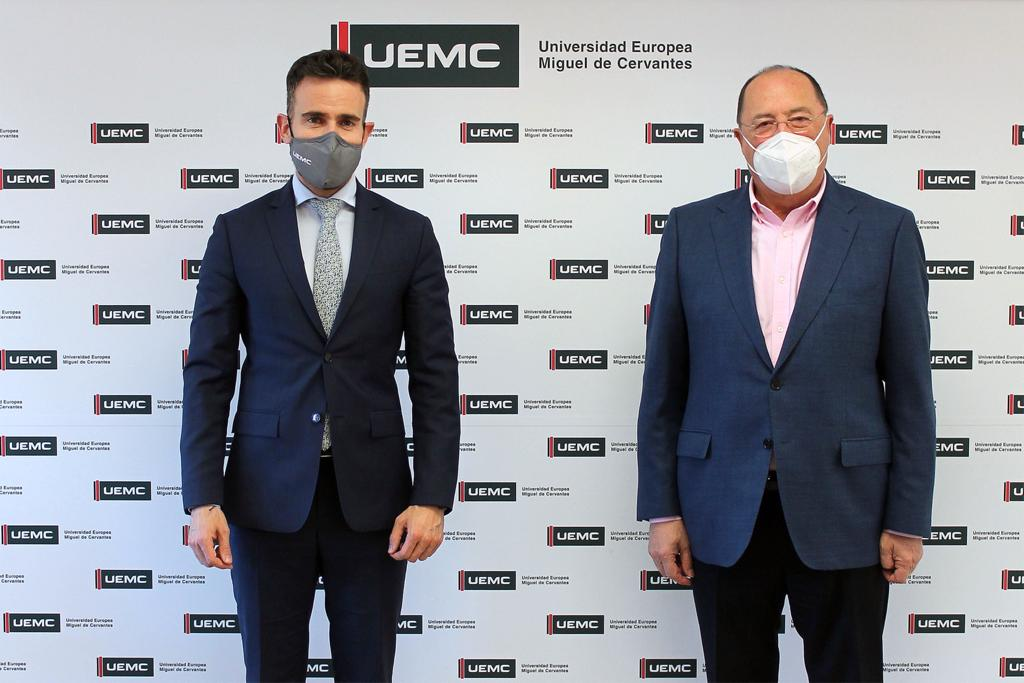 Matarromera y la UEMC suscriben una alianza para impulsar proyectos conjuntos de I+D